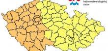 V Čechách se mohou objevit i velmi silné bouřky s krupobitím