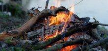Dnes pozor na silný vítr a riziko vzniku požárů