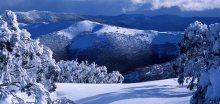V Rakousku hrozí laviny, na Slovensku sníh komplikoval