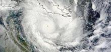 Tropický cyklón Ita řádí u australského pobřeží