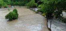 Novojíčinsko zaplavila voda a bahno z polí