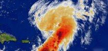 Hurikán Omar dosáhl rychlosti 185 kilometrů za hodinu
