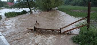Tlaková níže v Čechách přináší vydatný déšť s úhrny až 60mm