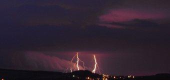 Nědělní počasí přineslo silné bouřky