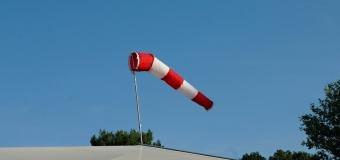 Východ dnes potrápí silný vítr, v nárazech dosáhne až 30 m/s