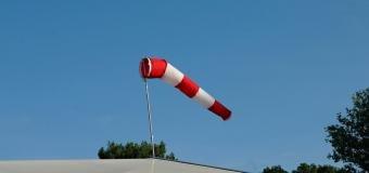 Potrápí nás silný vítr s nárazy 20 až 25m/s, ojediněle 30m/s