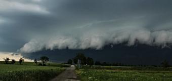 Fotografie: Českou republikou se prohnaly velmi silné bouřky